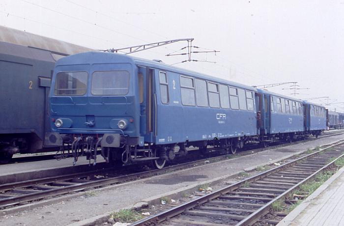 19900725-902486-CFR-Triebwagen.jpg